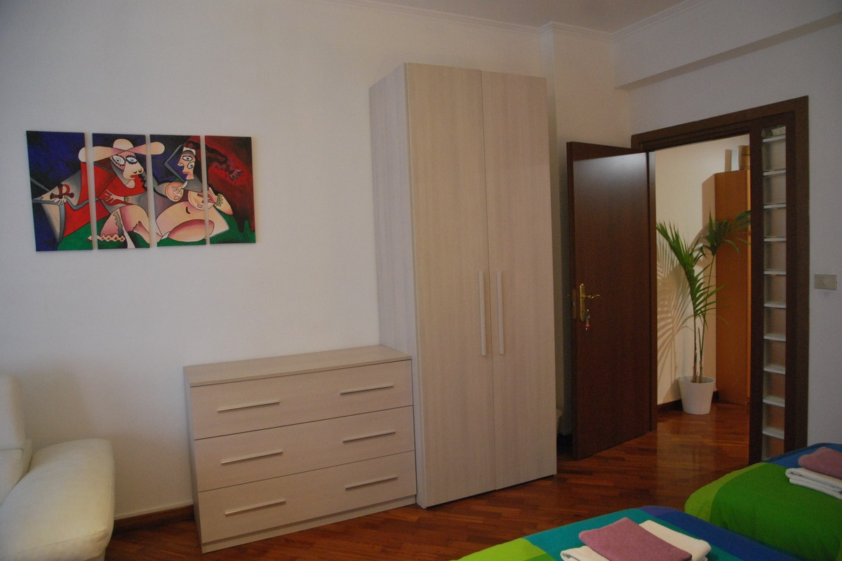 Isabella Rooms Prisco - pokój szary