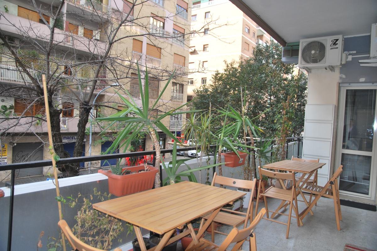 Isabella Rooms Prisco - taras w apartamencie