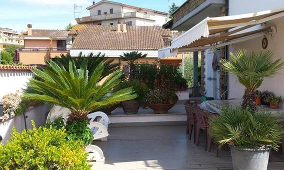 Pokoje i apartamenty u Uli w Rzymie