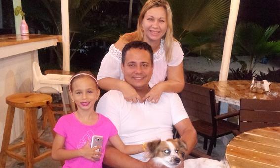 Riviera Punta Cana Eco Travelers House - Magda z rodziną