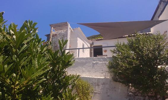 Domek Fale Sardynii w Nebida