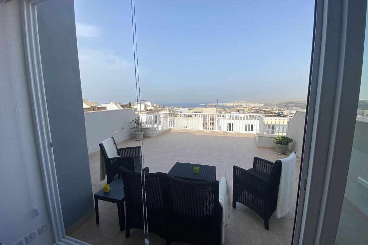 Noclegi u Polaków na Malcie - mieszkanie z widokiem na morze